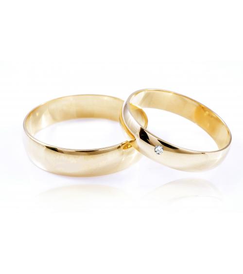 Złote obrączki z brylantem 4 mm 8KT