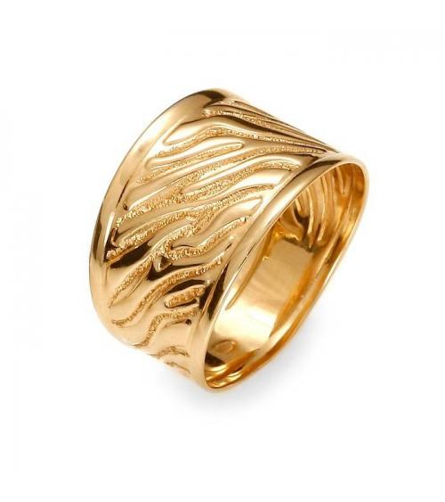 Złoty szeroki pierścionek wzór 3D